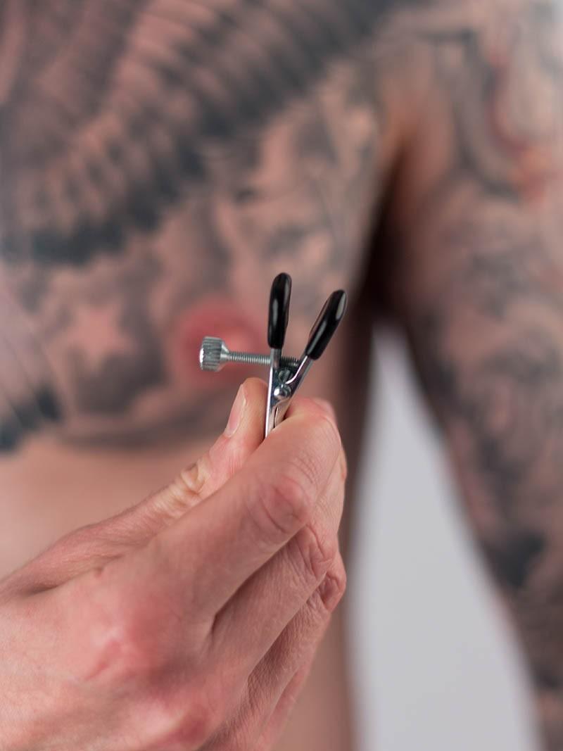 Pinces à seins Croco plates réglables