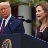 Etats-Unis   : L'avocate archi-catholique Amy Coney Barrett entre à la Cour suprême